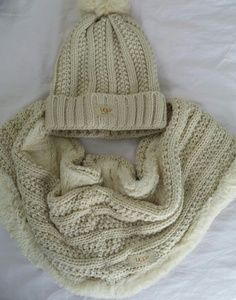 UGG. 2 peace infinity scarf and hat